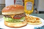 【売切れ御免!】渋谷の代名詞『ウーピーゴールドバーガー』が美味しすぎてヤバイ!