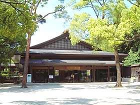 http://www.meijijingu.or.jp/sanpai/index.html