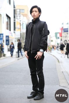 2017年春の渋谷原宿リアルスタイル【MTRL_SNAP】黒で統一したIラインコーデ 米島哲也