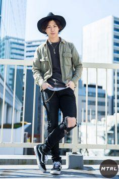 2017年春の渋谷原宿リアルスタイル【MTRL_SNAP】ミリタリーシャツを使った辛口コーデ 今福歳生
