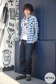 2017年春の渋谷原宿リアルスタイル【MTRL_SNAP】爽やかなチェックシャツで初夏先取りコーデ 原 大輝