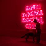 【売り切れ商品続出!】ファッショニスタから人気のAnti Social Social Club(アンチ ソーシャル ソーシャル クラブ)って?