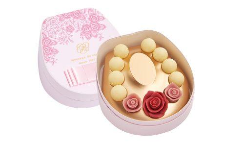 メサージュ・ド・ローズの薔薇チョコレートはネックレス状になっていて可愛い